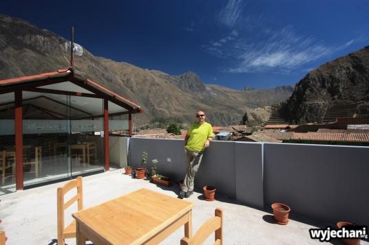 10 Ollantaytambo - guesthouse widok na ruiny z tarasu