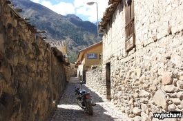 11 Ollantaytambo - w uliczkach miasteczka
