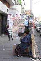 Kiosk z gazetami, na noc się zwija