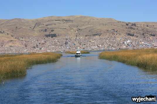 01 jezioro Titicaca, w drodze na Uros