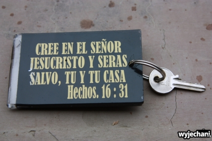 02 klucz do pokoju z cytatem biblijnym