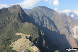 04 widok z Huaynapicchu na Machu Picchu