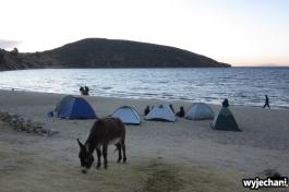 14 Isla del Sol, plaza, osiolek, namioty