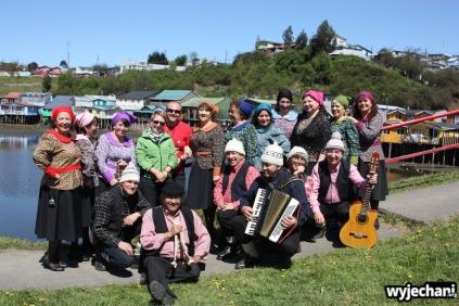 11 Chiloe - my i grupa folklorystyczna