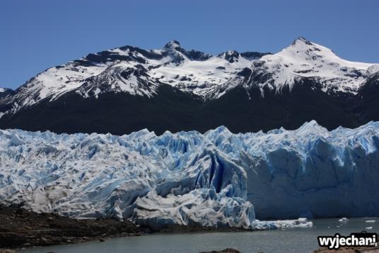 01 Perito Moreno - spacer - zblizamy sie do poczatku lodu