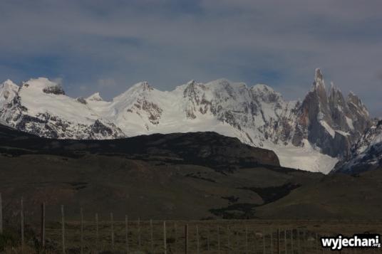 09 El Chalten - droga dojazdowa - widok na Cerro Torre
