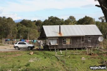 10 Carretera Austral, cz2 - standardowy domek z suszacym sie praniem