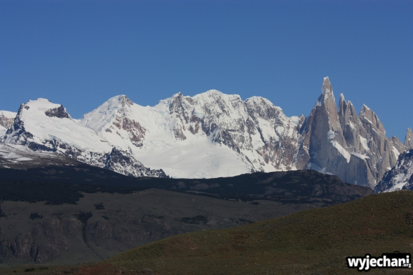 12 El Chalten - droga dojazdowa - widok na Cerro Torre