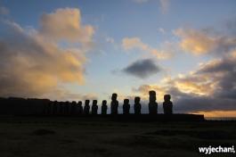 10 Wyspa Wielkanocna - Ahu Tongariki