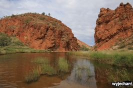 10 Outback cz.2 - West MacDonnell NP - Glen Helen Gorge