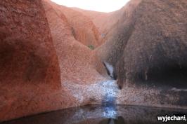 26 Outback cz.1 - Uluru - Kuniya Walk