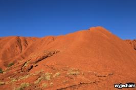 27 Outback cz.1 - Uluru - widok na ścieżkę wspinaczkową