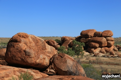 34 Outback cz.2 - Devils Marbles