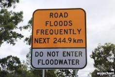 68 Cape York - przejazdy - Developmental Road - znak