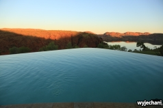 08-kimberley-widok-z-basenu-w-lake-argyle-resort