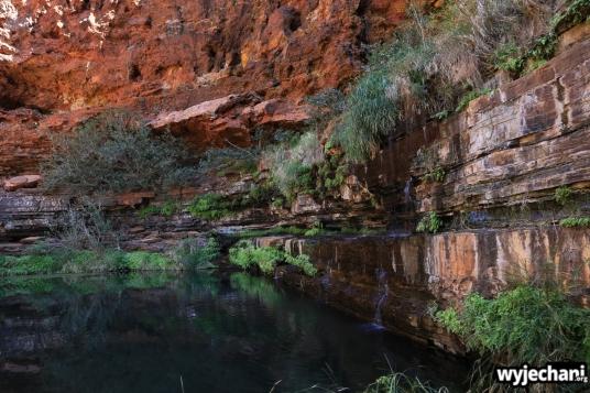 13-pilbara-pn-karijini-circular-pool