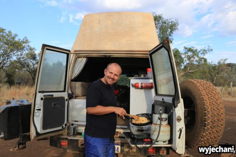 37-kimberley-pn-purnululu-kucharzenie-na-campingu