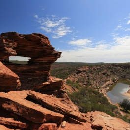 02-pn-kalbarri-the-loop-trail-natures-window