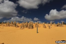 03-pn-nambung-pinnacles-desert