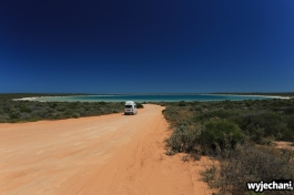 03-shark-bay-little-lagoon